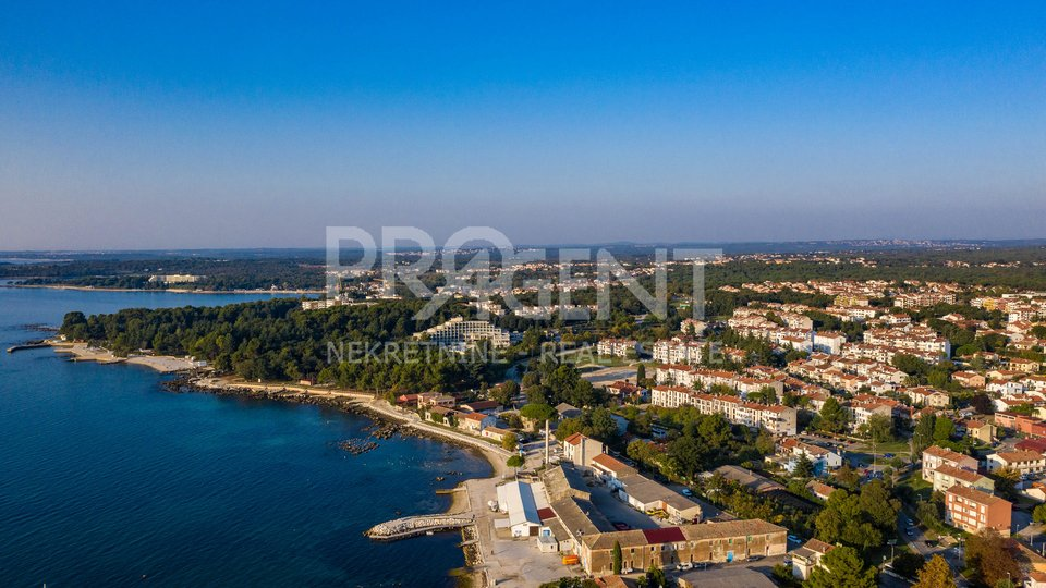 House, 271 m2, For Sale, Poreč