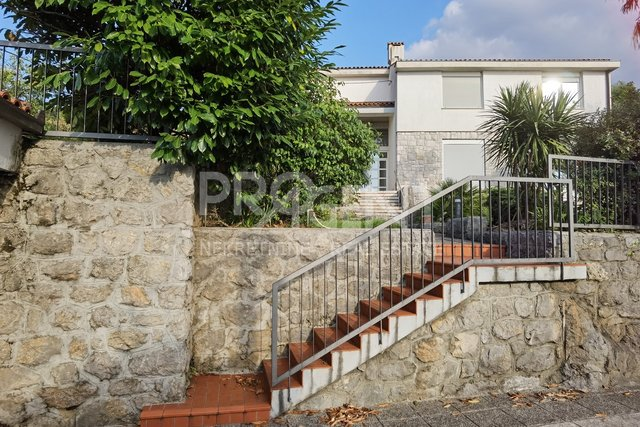 Opatija, Volosko, detached house with sea view
