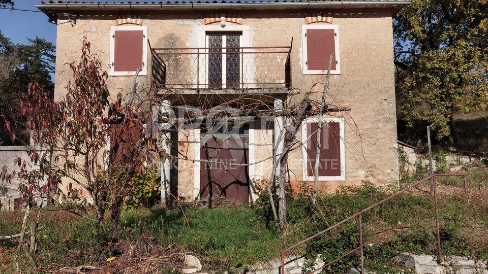Istrien, Steinhaus bei Oprtalj