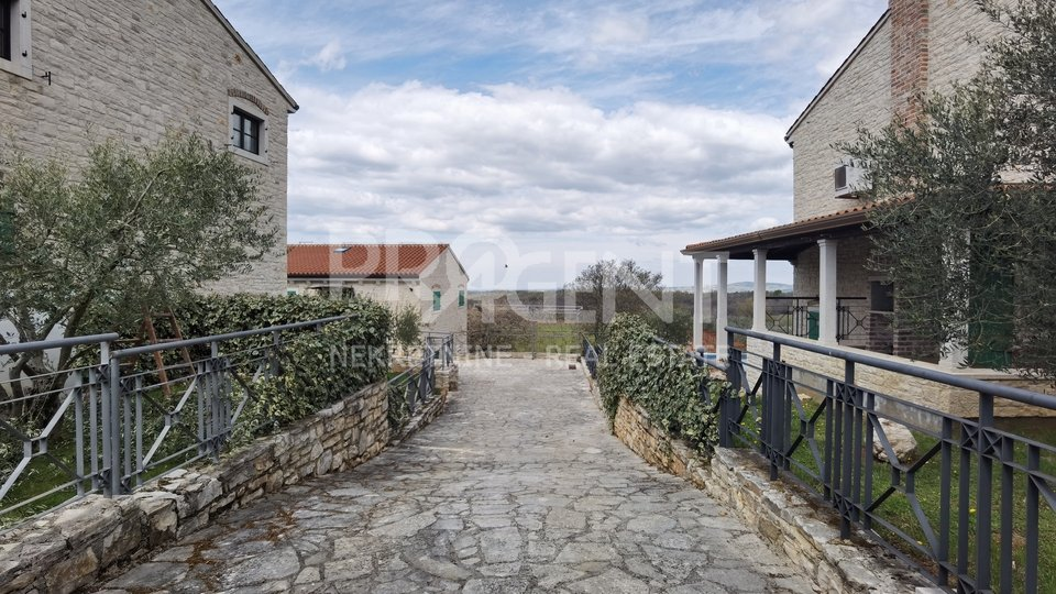 Istria, Vižinada, three stone houses with swimming pools