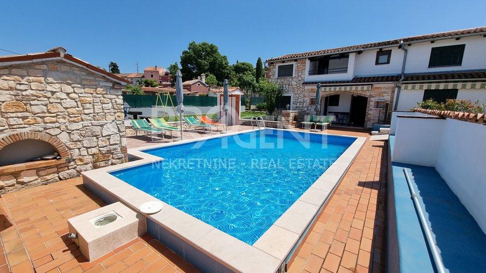Istrien, Rovinj, Haus mit Pool und Wohnungen