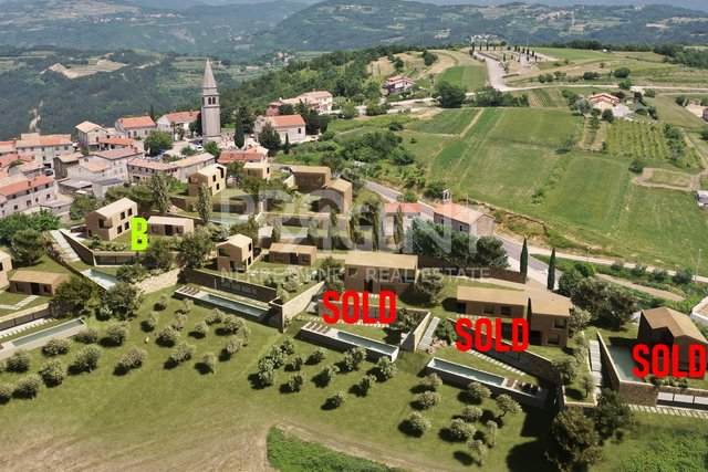 Land, 1114 m2, For Sale, Buzet - Vrh