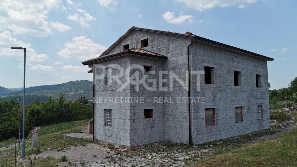 Casa, 400 m2, Vendita, Buzet