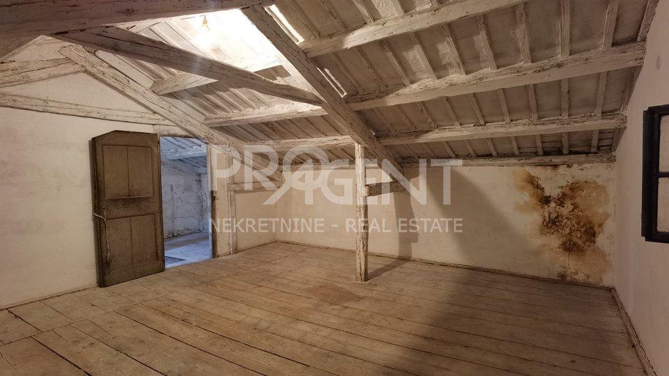 Casa, 220 m2, Vendita, Buzet